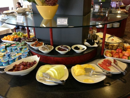 Hotel Calipolis: Breakfast Buffet