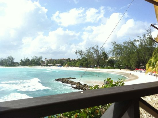 Discovery Bay by Rex Resorts: Lunch at the beach