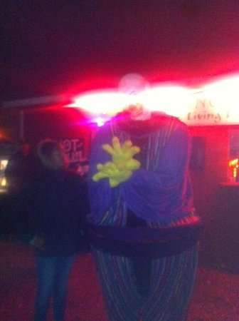 Frightland: Huge scary clown thingy!