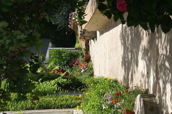 Au Bout de l'Ile: jardin d'agrément