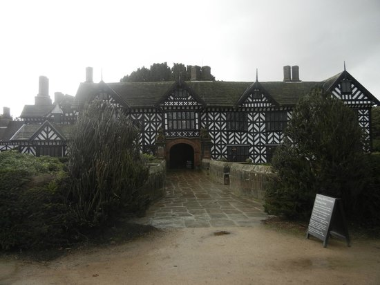 Speke Hall: Blick auf den Eingang