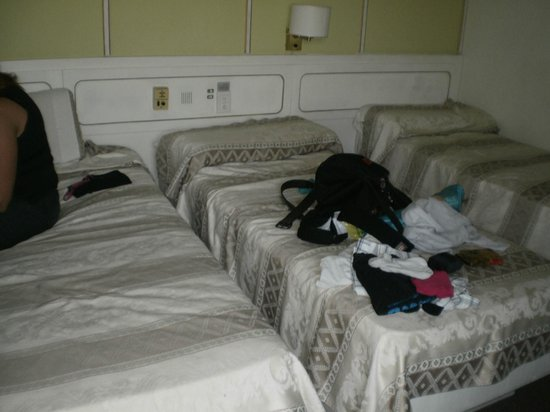 Gran Hotel Fontainebleau: Muy pequeñas pero limpias!!!