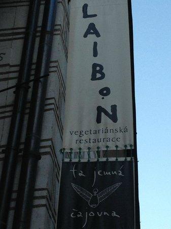Laibon : Entrance