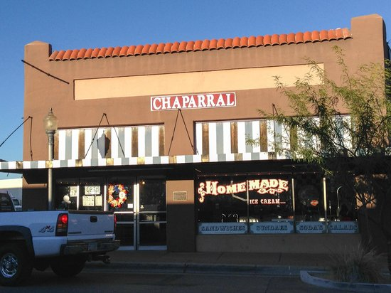 Chaparral Homemade Ice Cream : Interesting Facade