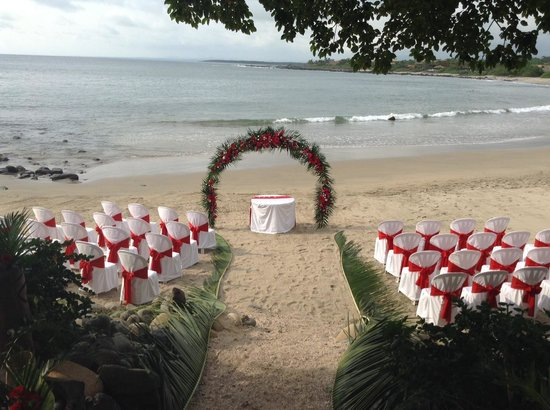 The Inn at Manzanillo Bay : Beach Wedding