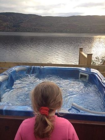 Loch Ness Highland Lodges : my little lady loved the hot tub :-)