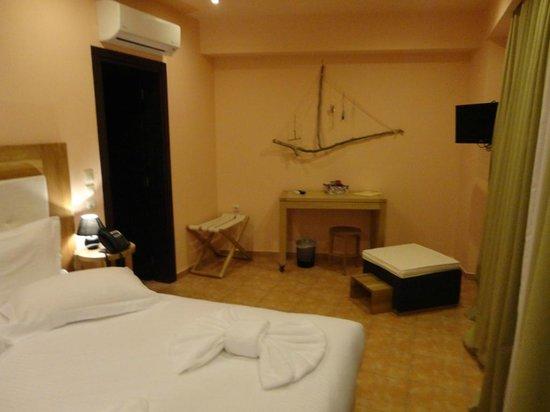 Athens Lotus Hotel: Zimmer