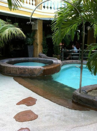 ABC Hotel: Pool spa with shower….