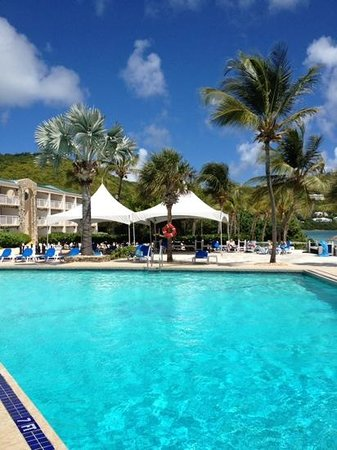 Divi Carina Bay All Inclusive Beach Resort: Out by the pool - Divi