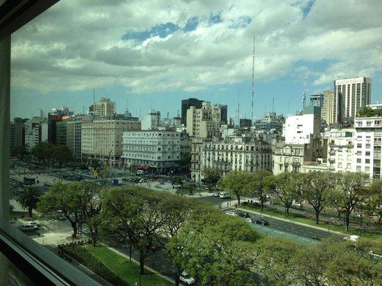 Eurobuilding Hotel Boutique Buenos Aires: Vista do quarto 706