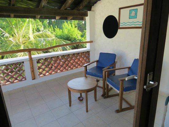 Pinewood Beach Resort & Spa: terrasse chambre 131