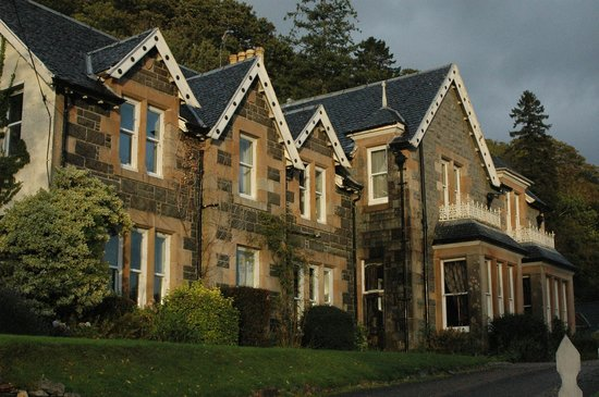 Creag Mhor Lodge : Beautifully Restored Lodge on the Loch!