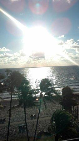 Wyndham Deerfield Beach Resort: Sunrise view from balcony