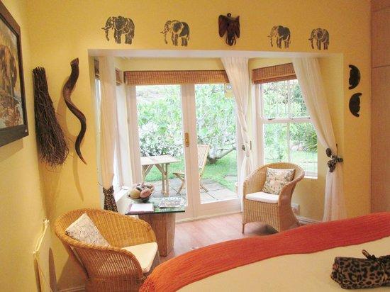 Von Abercron Residence: Sunset Room