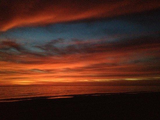 Riotel Island Resort: Sunset Thursday evening