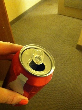Sheraton Myrtle Beach Convention Center Hotel : old coke can from previous guest left in fridge