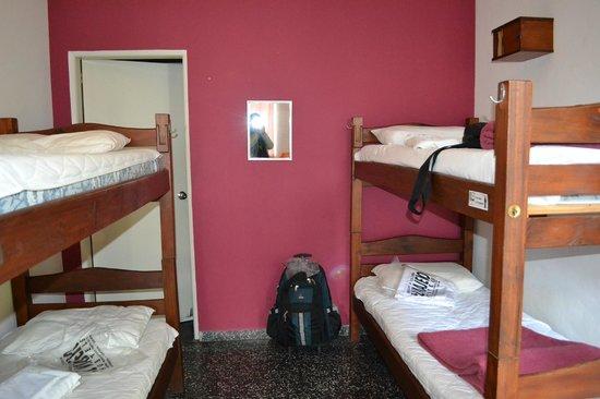 El Viajero Hostel Suites Colonia: quarto coletivo