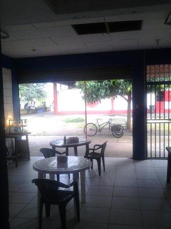 El Sabor Soda Y Restaurante
