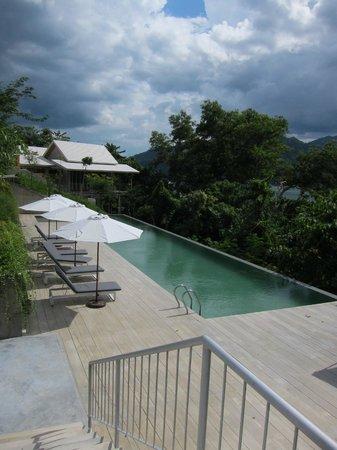 Belum Rainforest Resort: New pool