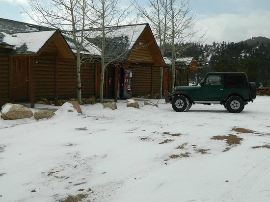 Beaver Meadows Resort Ranch: The lodge