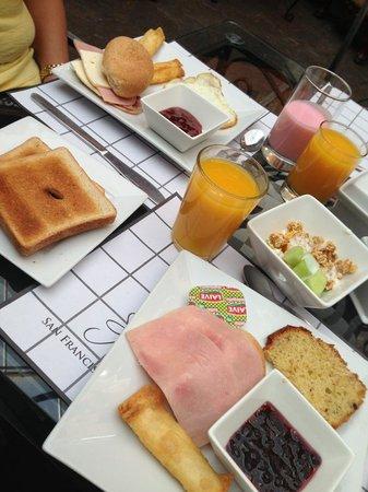 San Francisco Plaza Hotel: Café da manhã