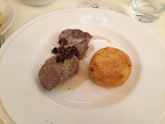 Castello di Montignano Relais & Spa : filetto al tartufo
