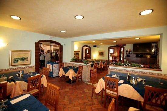 Bar roma casale sul sile ristorante recensioni numero for Bar ai portici