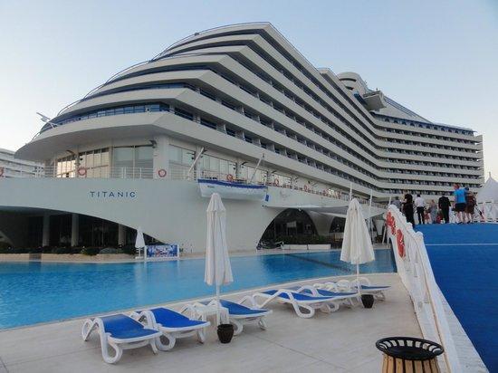 Titanic Beach Lara Hotel: Titanik