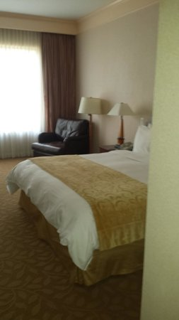 The Woodlands Resort & Conference Center : King Size Bed