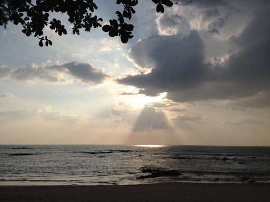 Ocean Breeze Resort: Magisk solnedgång.