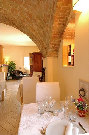 The Olive Inn : interno