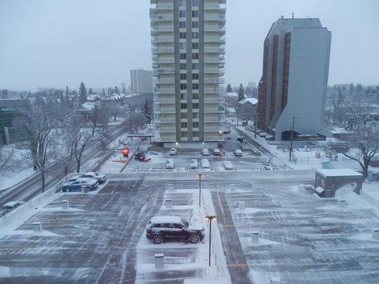 Campus Tower Suite Hotel: Depois da primeira neve em 2013