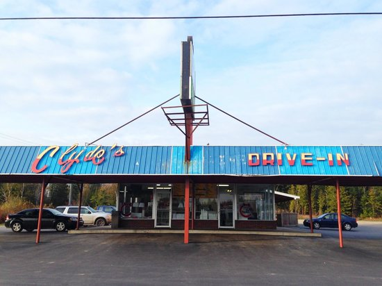 Clyde's Drive-In: Love the vintage drive-in style!