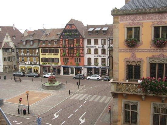 Hôtel de la Cloche : Вид из окна