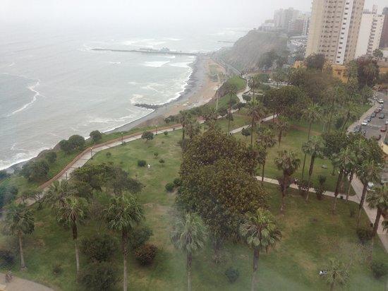Belmond Miraflores Park : View from 11th floor pool