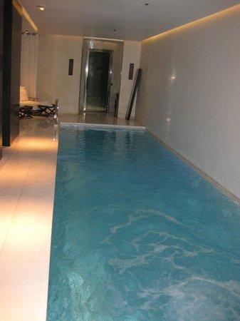 Le Metropolitan, a Tribute Portfolio Hotel : pool