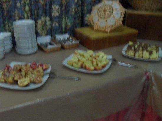 Evalena Beach Hotel Apartments: dessert