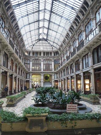 Grand Hotel Sitea : an Arcade