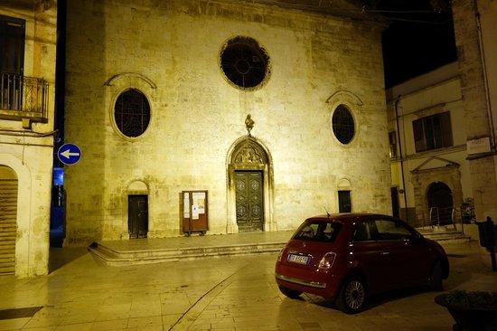 Fuoridalmondo: Old-town Noci