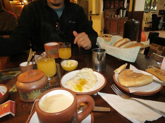 Terrazas del Inca Bed and Breakfast: Desayuno
