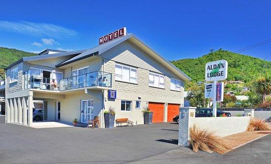 Aldan Lodge Motel: Frontage of Aldan Lodge