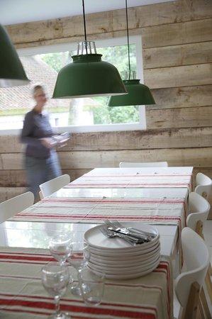 Un Matin dans les Bois : La cuisine mise à disposition de nos hôtes