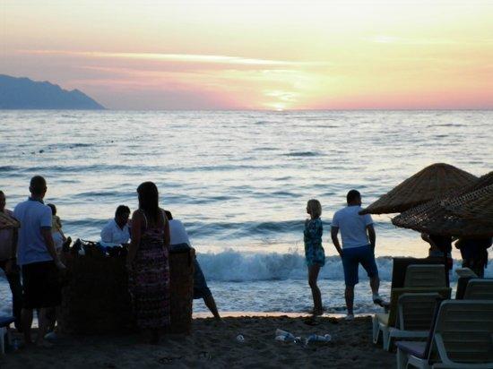 Batihan Beach Resort & Spa: our own beach with free beds/brollies