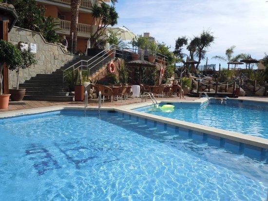 Alba Seleqtta Hotel : Piscina