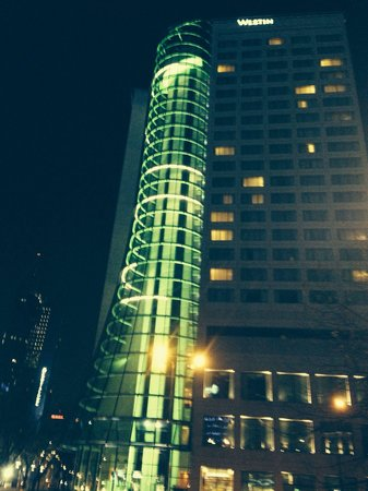 The Westin Warsaw: Lift shaft at night