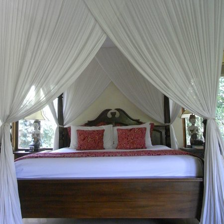 Warwick Ibah Luxury Villas & Spa: Bed