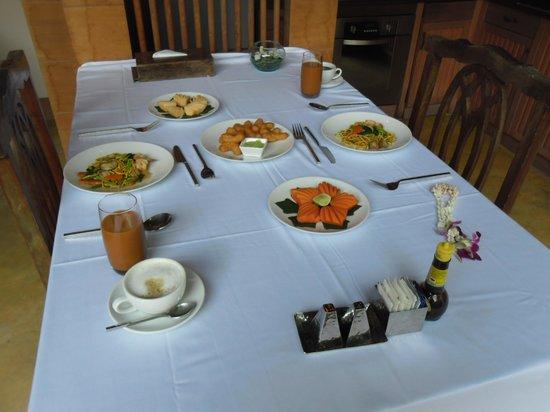 Malisa Villa Suites: Café da manha