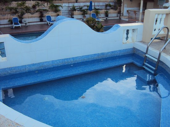 The Flamboyant Hotel & Villas: Plunge Pool