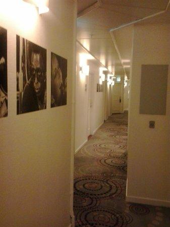 BEST WESTERN Hotel City : corridioi