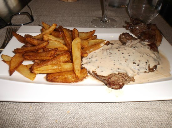 Le 26 : Entrecote with pepper sauce